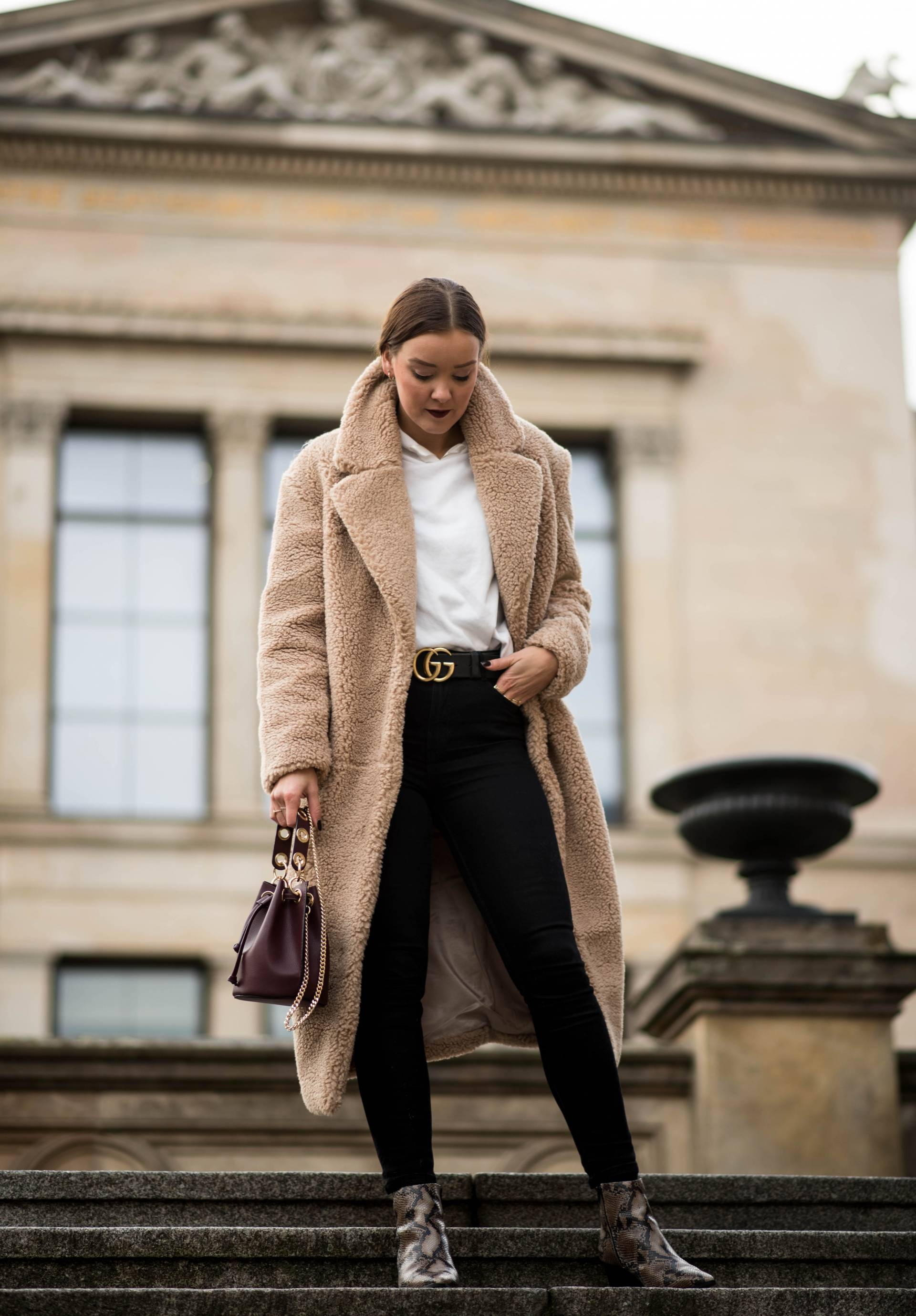 style-appetite-teddy-coat-snakeskin-boots