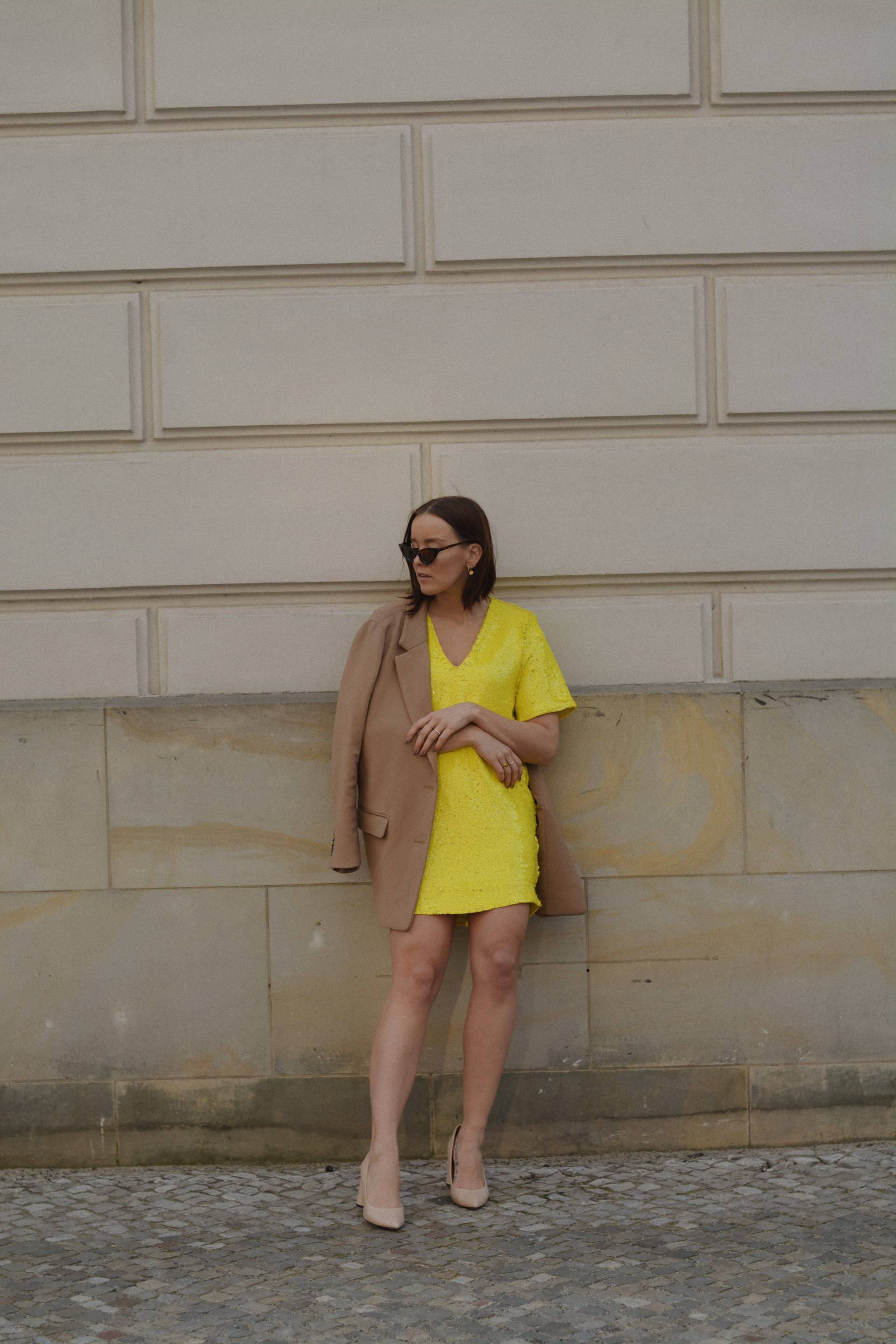 style-appetite-trendfarbe-gelb-ivyrevel-dress