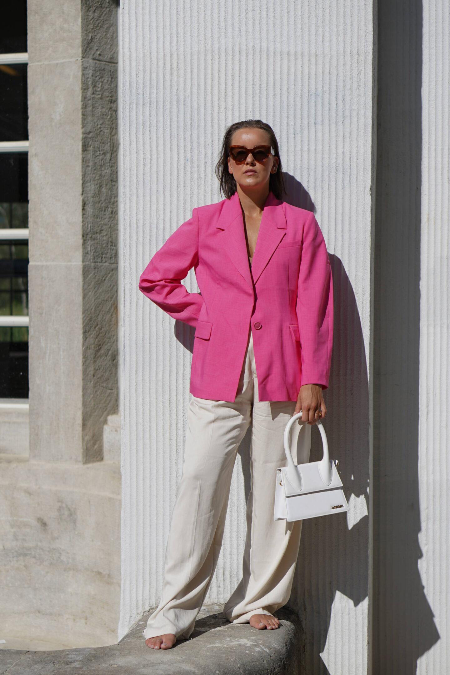 jacquemus-&-pink-statement-blazer