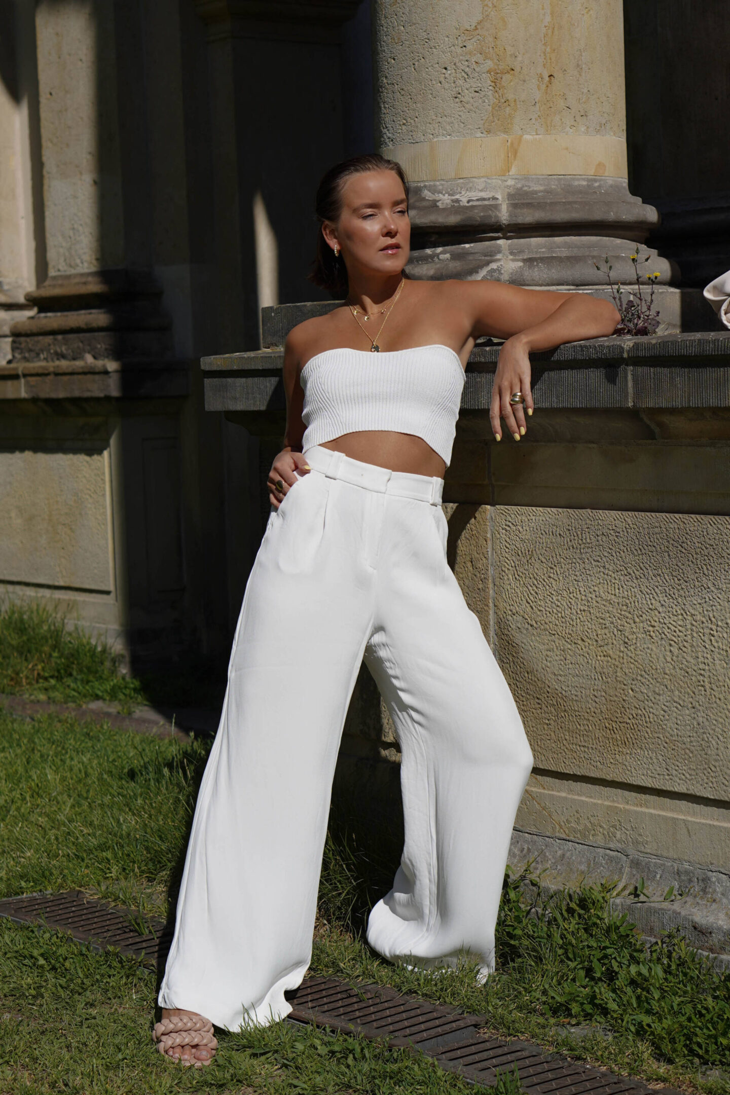 all-white-outfit-for-spring